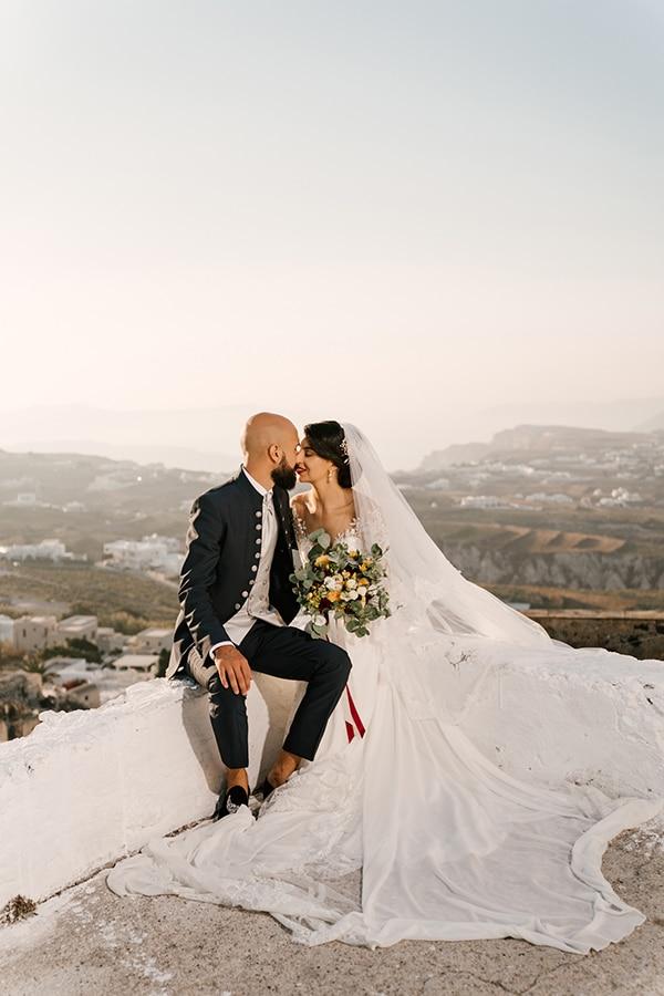 montern-elegant-wedding-santorini-inspiring-wedding-decoration-ideas_01x