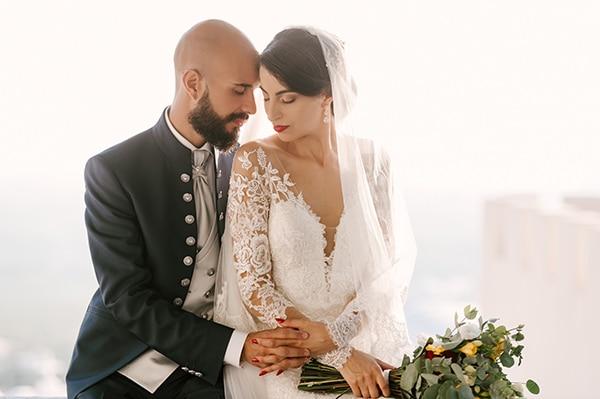 montern-elegant-wedding-santorini-inspiring-wedding-decoration-ideas_03