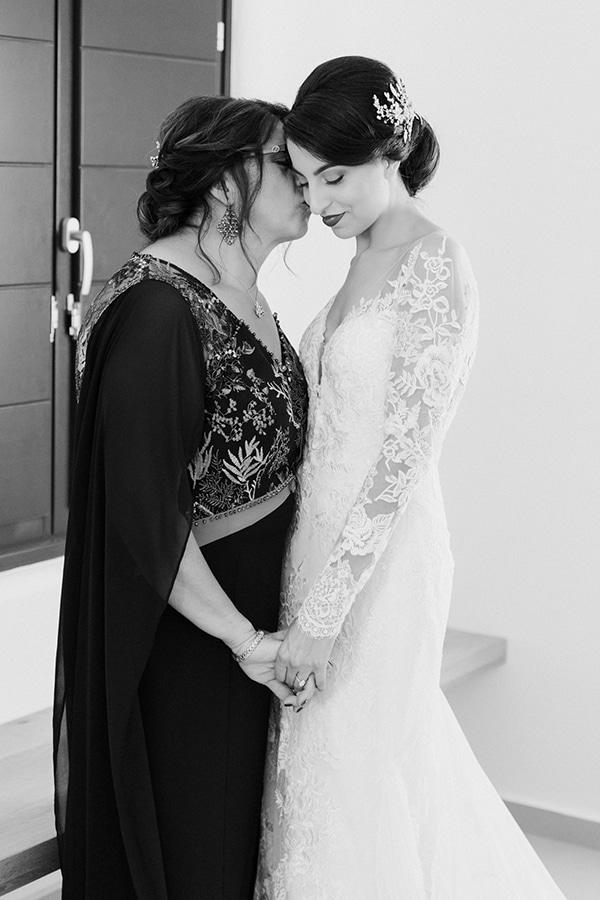 montern-elegant-wedding-santorini-inspiring-wedding-decoration-ideas_10x