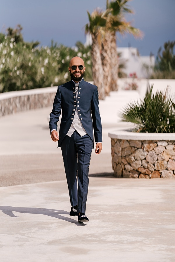montern-elegant-wedding-santorini-inspiring-wedding-decoration-ideas_14