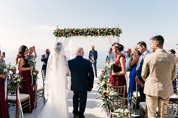 montern-elegant-wedding-santorini-inspiring-wedding-decoration-ideas_24