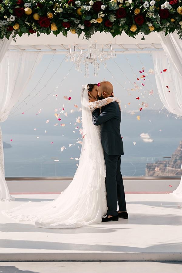 montern-elegant-wedding-santorini-inspiring-wedding-decoration-ideas_29