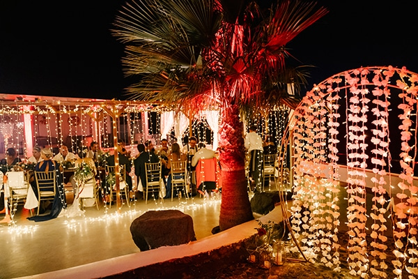montern-elegant-wedding-santorini-inspiring-wedding-decoration-ideas_39