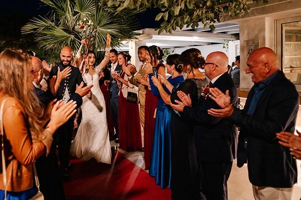 montern-elegant-wedding-santorini-inspiring-wedding-decoration-ideas_40