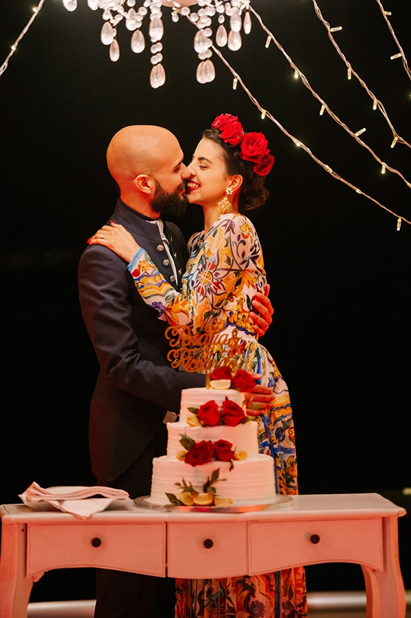 montern-elegant-wedding-santorini-inspiring-wedding-decoration-ideas_44