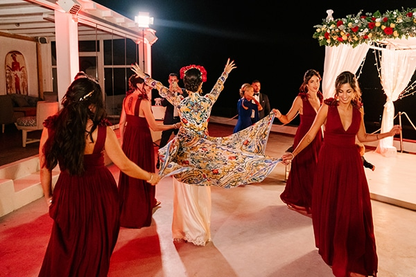 montern-elegant-wedding-santorini-inspiring-wedding-decoration-ideas_46x