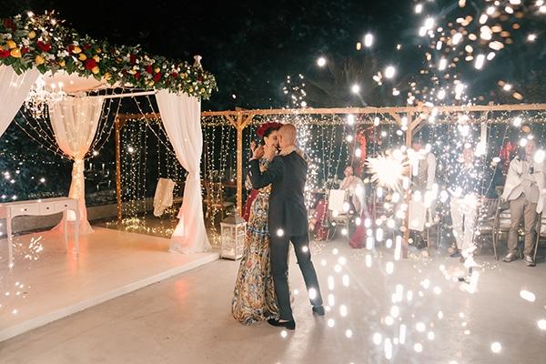 montern-elegant-wedding-santorini-inspiring-wedding-decoration-ideas_47x