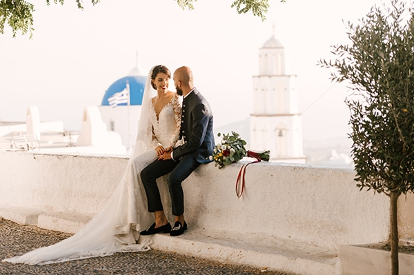 montern-elegant-wedding-santorini-inspiring-wedding-decoration-ideas_49x