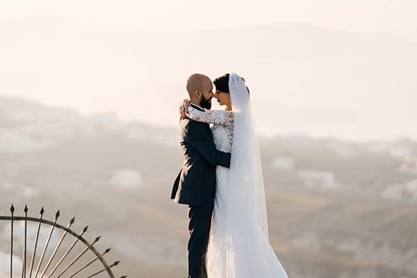 montern-elegant-wedding-santorini-inspiring-wedding-decoration-ideas_50