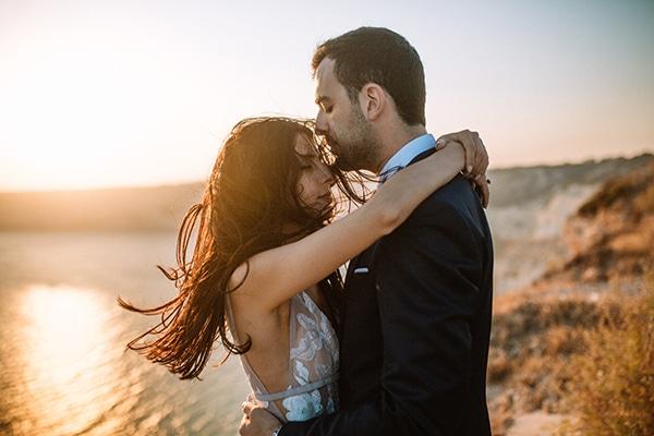 romantic-fall-wedding-nicosia-llilac-touches_30x