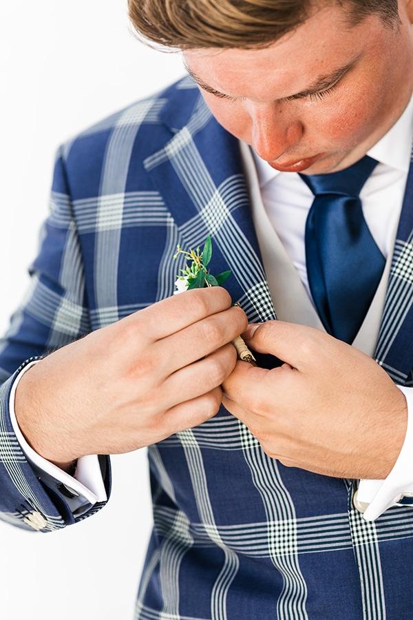 romantic-summer-wedding-paros-bugambilia-blue-details_08x