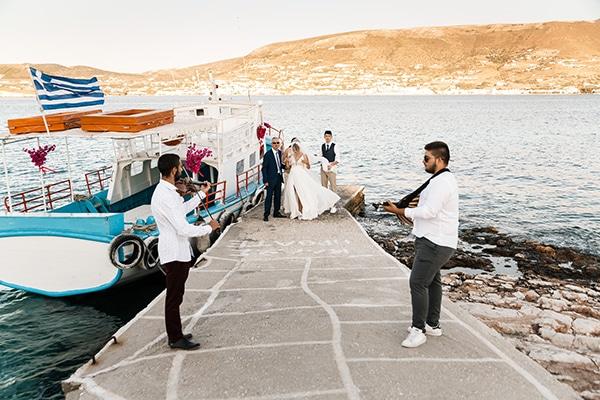 romantic-summer-wedding-paros-bugambilia-blue-details_13