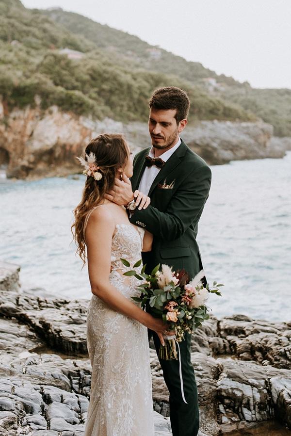 romantic-summer-wedding-volos-peach-hues_02x