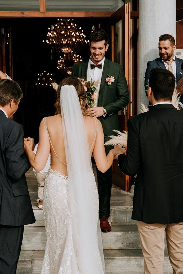 romantic-summer-wedding-volos-peach-hues_09x