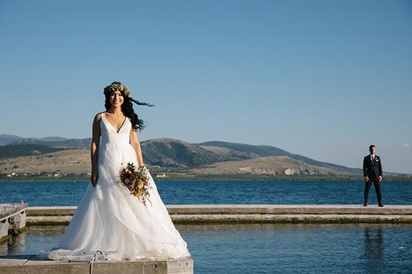 rustic-summer-wedding-thessaloniki-beautiful-floral-design_01x