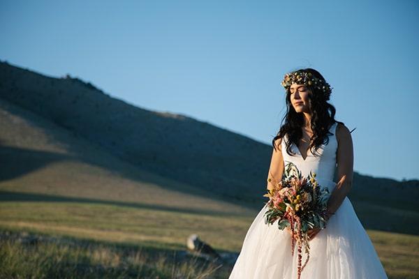 rustic-summer-wedding-thessaloniki-beautiful-floral-design_02x