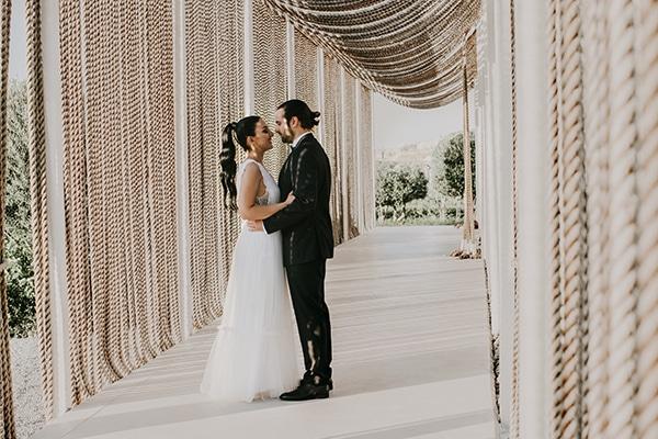 stunning-summer-wedding-baby-breath-rustic-details_01