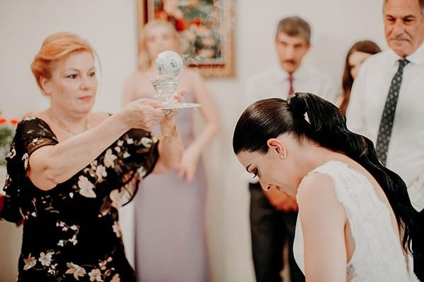 stunning-summer-wedding-baby-breath-rustic-details_11