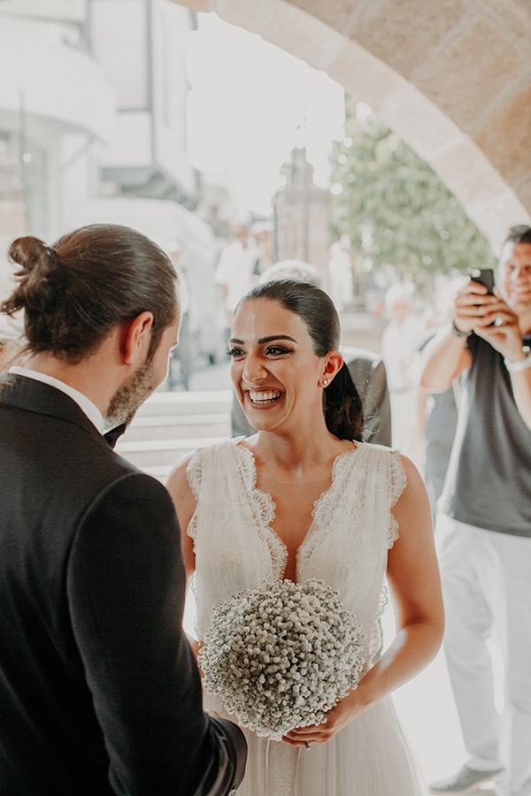 stunning-summer-wedding-baby-breath-rustic-details_15