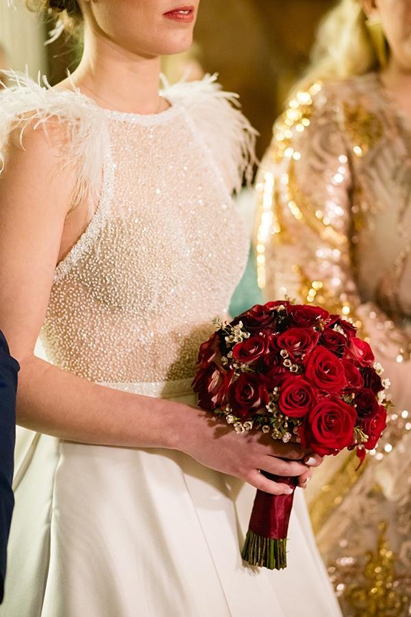 Κοκκινη νυφικη ανθοδεσμη απο τριανταφυλλα