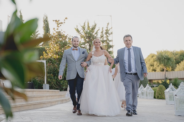summer-wedding-athens-pastel-hues_19