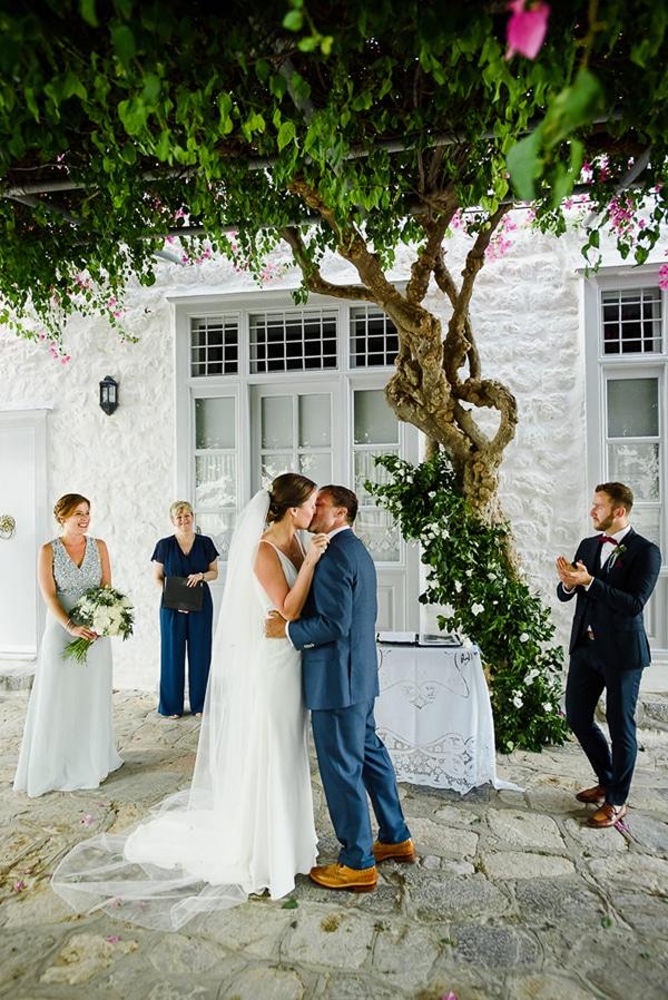 summer-wedding-hydra-most-romantic-details_30