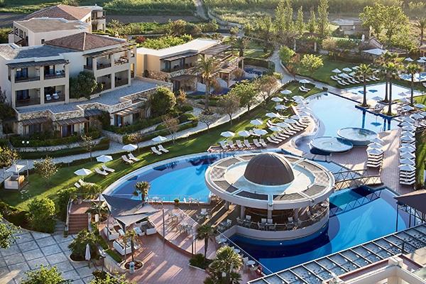 EM Resorts