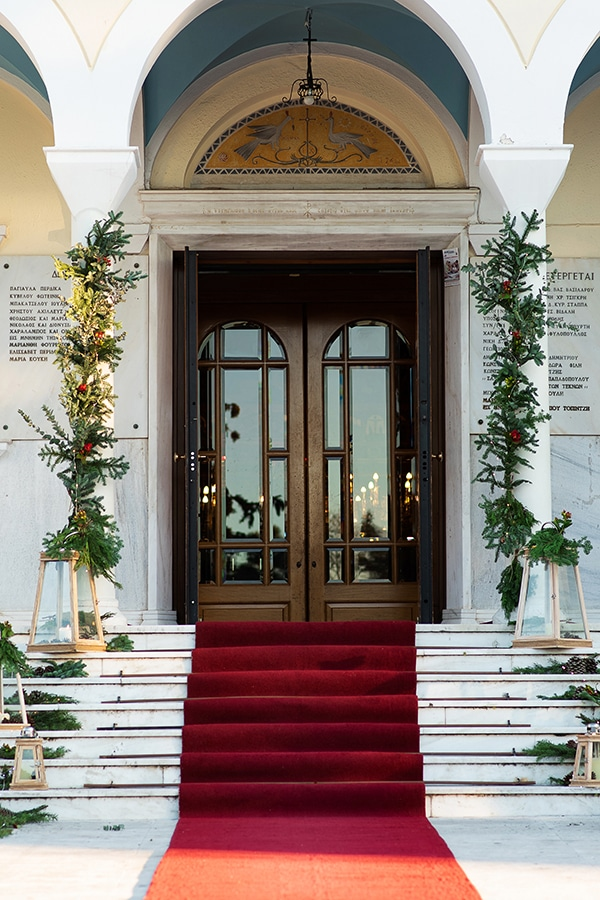 winter-wedding-athens-romantic-atmosphere-red-amaryllis_05