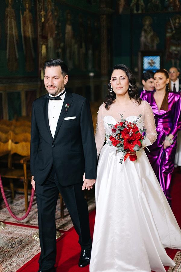 winter-wedding-athens-romantic-atmosphere-red-amaryllis_08x
