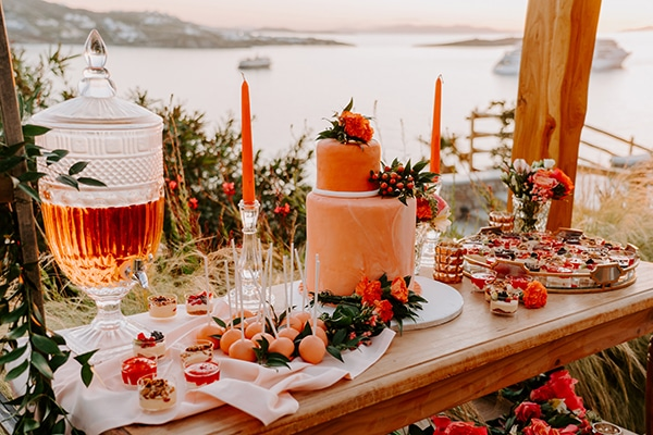 dreamy-elopement-mykonos-beautiful-coral-peonies_24