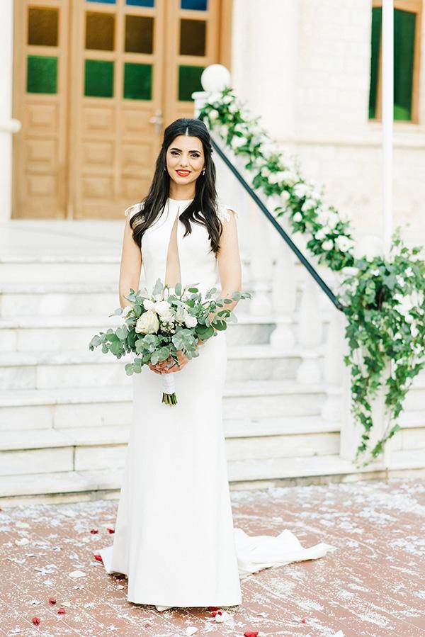 elegant-fall-wewdding-kozani-eucalyptus--white-flowers-gold-details_10