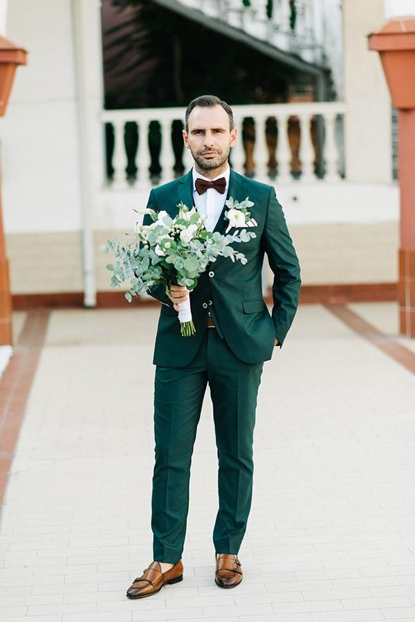 elegant-fall-wewdding-kozani-eucalyptus--white-flowers-gold-details_18