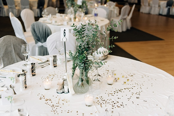 elegant-fall-wewdding-kozani-eucalyptus--white-flowers-gold-details_33