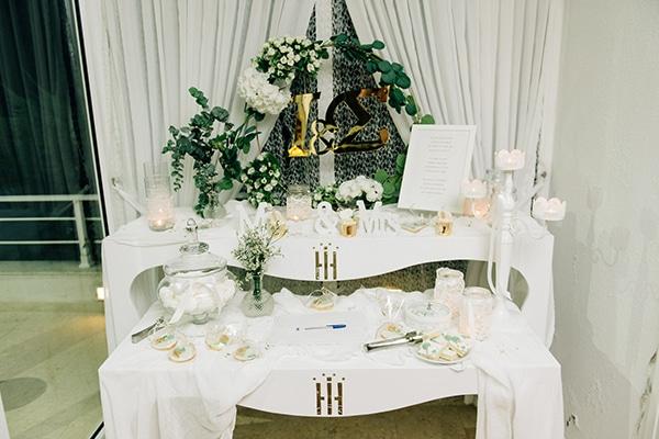 elegant-fall-wewdding-kozani-eucalyptus--white-flowers-gold-details_35