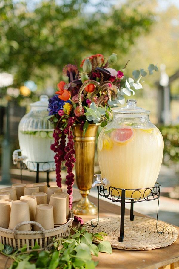 Δροσιστικό drink stand για δεξίωση γάμου