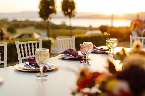 outdoor-fall-wedding-vivid-colors-rustic-details_13