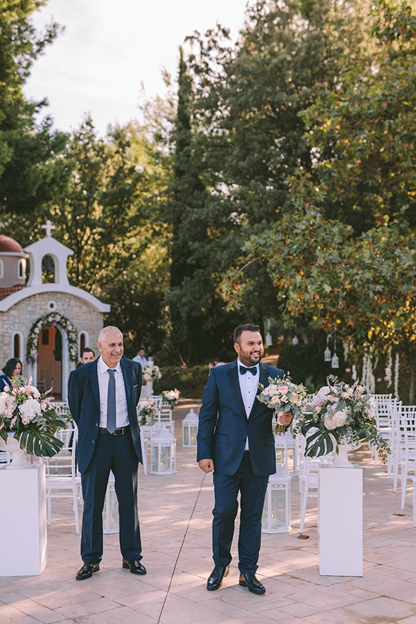 romantic-fall-wedding-athens-pastel-hues_25