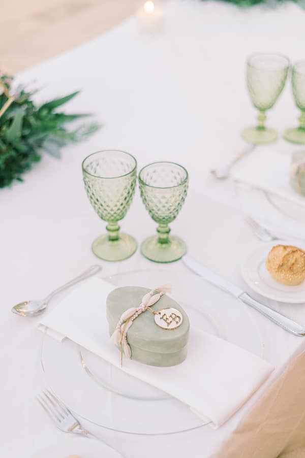 romantic-summer-wedding-athens-pastel-hues_33w