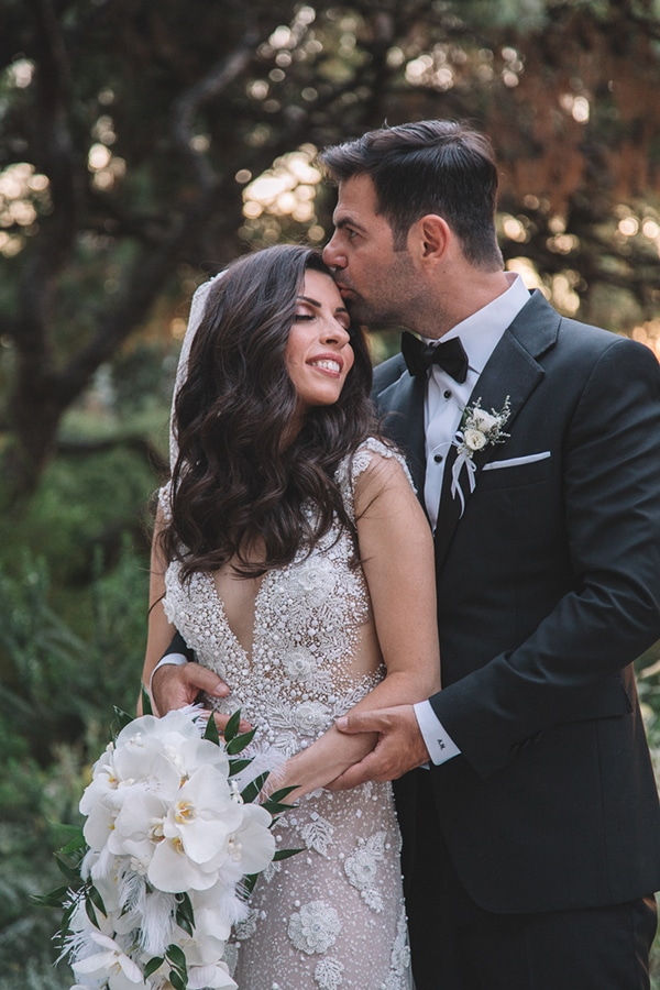 romantic-suymmer-wedding-athens-beautiful-floral-design_01x