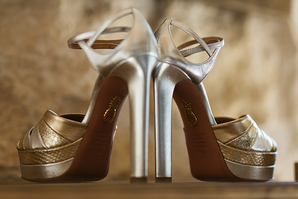 romantic-suymmer-wedding-athens-beautiful-floral-design_07x