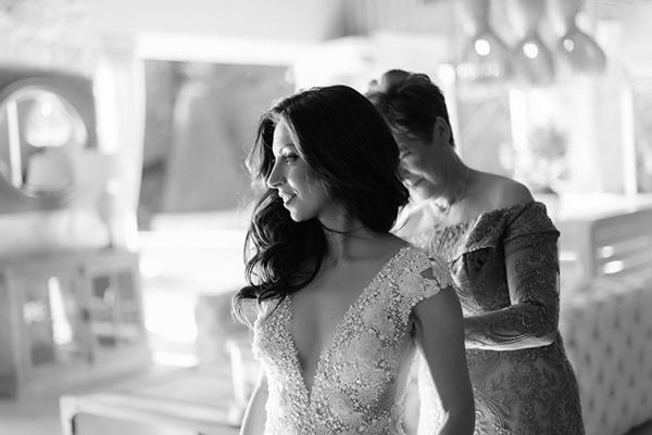 romantic-suymmer-wedding-athens-beautiful-floral-design_09