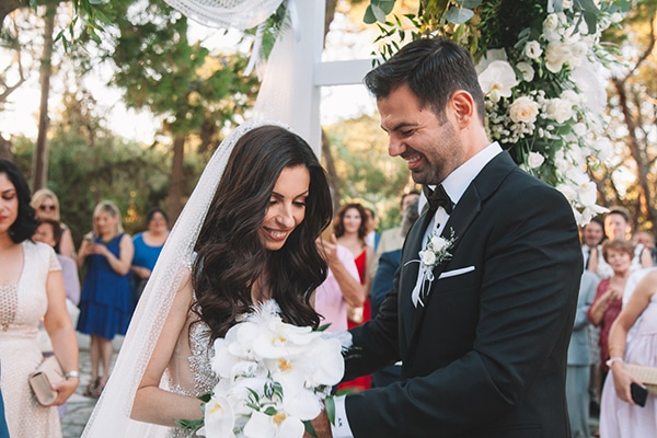 romantic-suymmer-wedding-athens-beautiful-floral-design_18