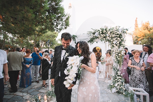 romantic-suymmer-wedding-athens-beautiful-floral-design_25