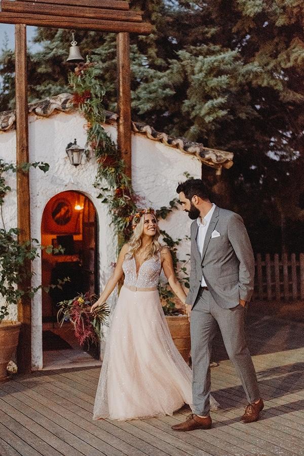 stunning-summer-wedding-athens-vivid-coral-hues_01