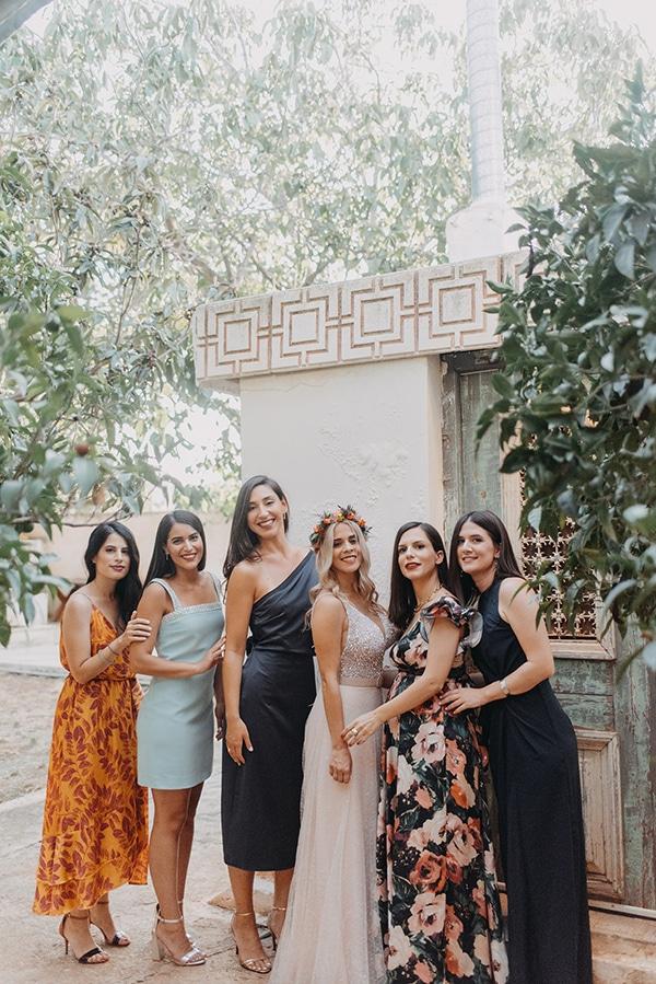 stunning-summer-wedding-athens-vivid-coral-hues_09