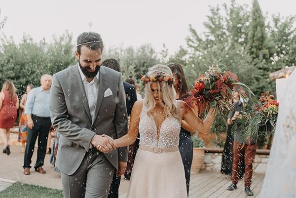 stunning-summer-wedding-athens-vivid-coral-hues_24