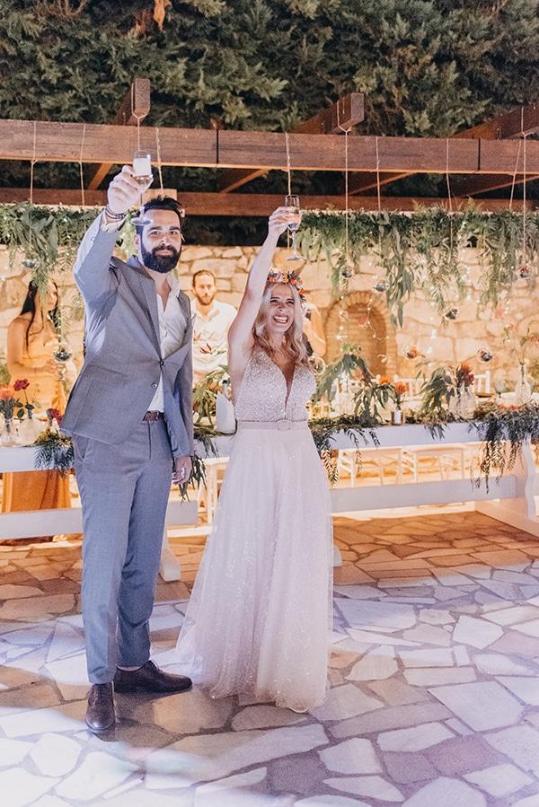stunning-summer-wedding-athens-vivid-coral-hues_43