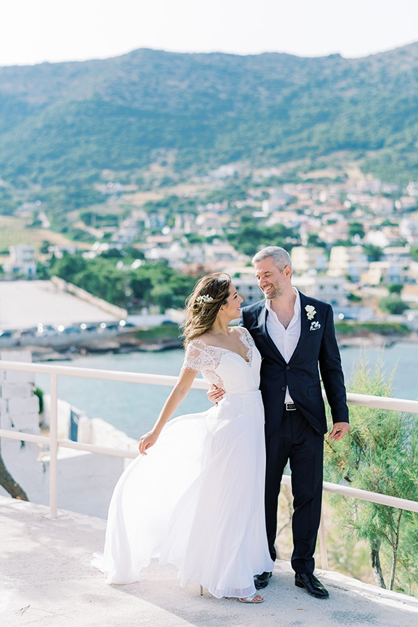 summer-micro-wedding-athens-white-hues_02x