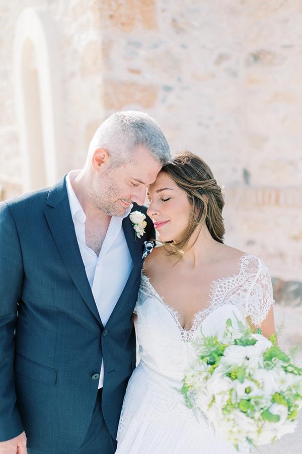 summer-micro-wedding-athens-white-hues_04