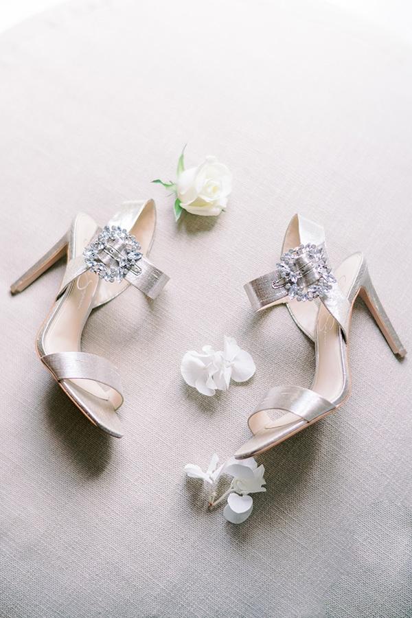 summer-micro-wedding-athens-white-hues_05